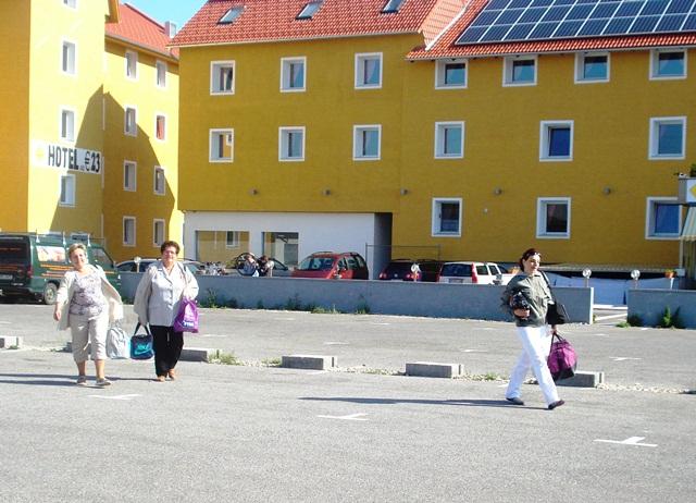06 hotelik na przedmieściu