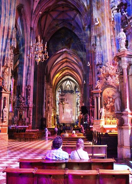 23 wnętrze katedry