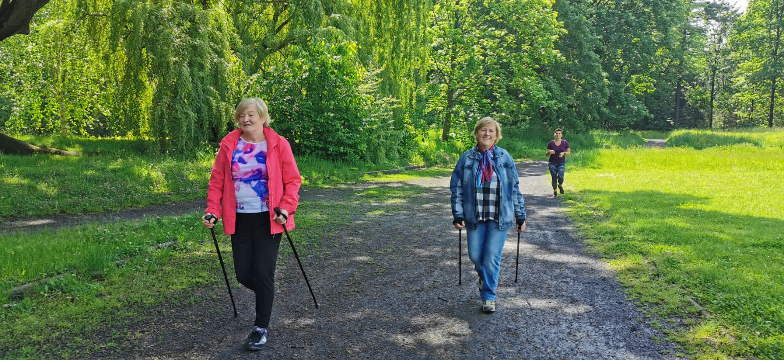Nordic Walking w parku 2020r